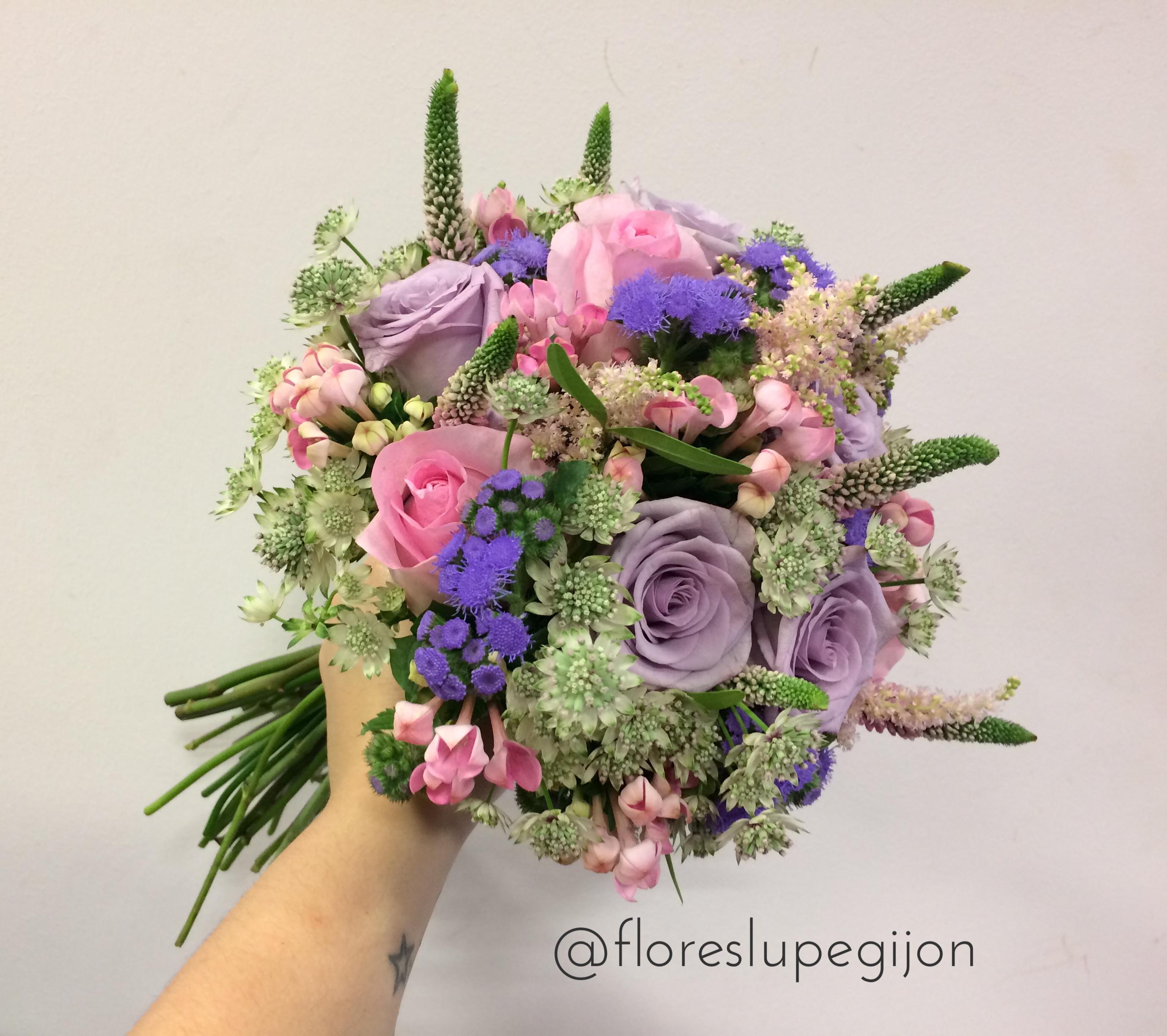 Ramo de novia tonos lilas