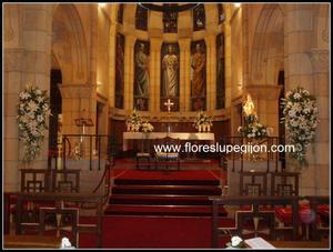 Decoracion altar de San Pedro, Gijón
